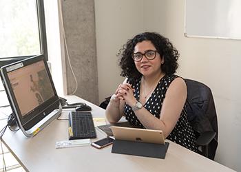 Profesora Carolina Rojas se suma como académica e investigadora al IEU