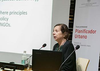 Susan Fainstein dio el vamos a las actividades académicas de pre y postgrado del Instituto de Estudios Urbanos y Territoriales UC