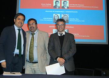 Instituto de Estudios Urbanos y Territoriales UC firmó convenio de colaboración con la Seremi Minvu de Valparaíso
