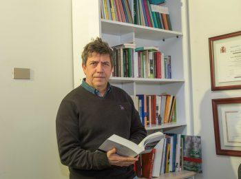 Radio USACH: entrevista al profesor Arturo Orellana