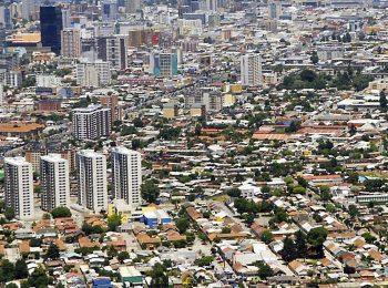 Densidad residencial y comunidad/es ¿Es el barrio un factor de cohesión social en las tendencias actuales de crecimiento metropolitano?