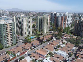 Investigación | La edificación intensiva y la incidencia de los procesos de verticalización en el Área Metropolitana de Santiago