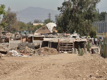 Radio La Clave (El Mostrador): Preocupante déficit habitacional en Chile